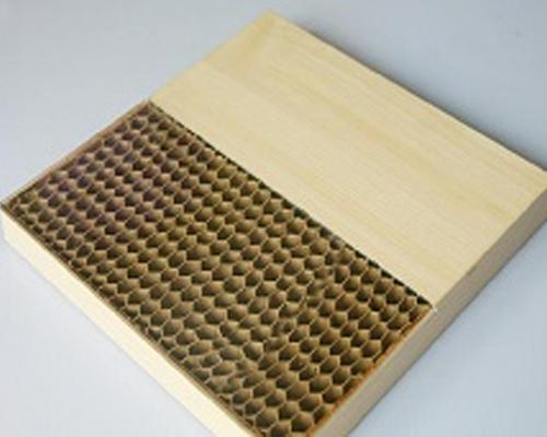Cardboard oscillatory knife cutting machine